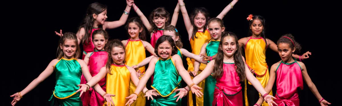 Cours de danse créative indienne & Bollywood Kids 6-12 ans